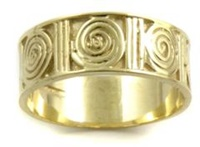 Yellow Gold New Grange Band (3)